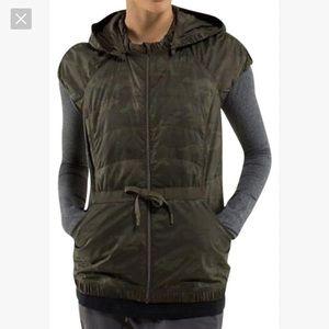 Lululemon green spring fling camo vest